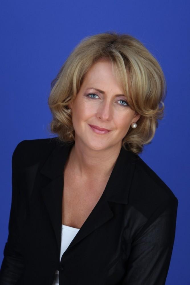 Niamh Boyle, Corporate Reputations