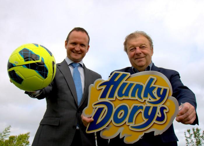Hunky Dorys Sponsor Setanta Sports Highlights - Trevor Twamley, Setanta Sports and Raymond Coyle