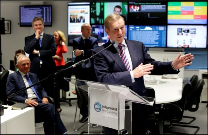 Taoiseach Enda Kenny opens the digital-led news hub at INM, watched on by INM Chairman Leslie Buckley, INM Editor-In-Chief Stephen Rae Picture By David Conachy. 16/09/2015
