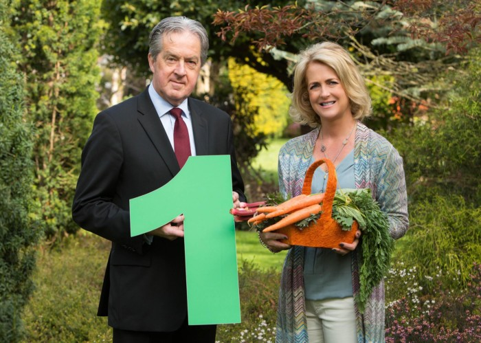 Dublin, Friday, 29th April 2016: Pictured at the publication of the Ireland RepTrak® 2016 report, a comprehensive study of the top 100 corporate reputations in Ireland carried out by The Reputations Agency were Niamh Boyle, MD, The Reputations Agency and Aidan Cotter, CEO, Bord Bia. Bord Bia was ranked the most reputable organisation in Ireland by 5,000 members of the general public. The other four companies ranked in the top five were: Eason & Sons (2nd); An Post (3rd); Google (4th) and Lidl, ranked fifth. ***NO FEE** Photography: Conor Healy Photography