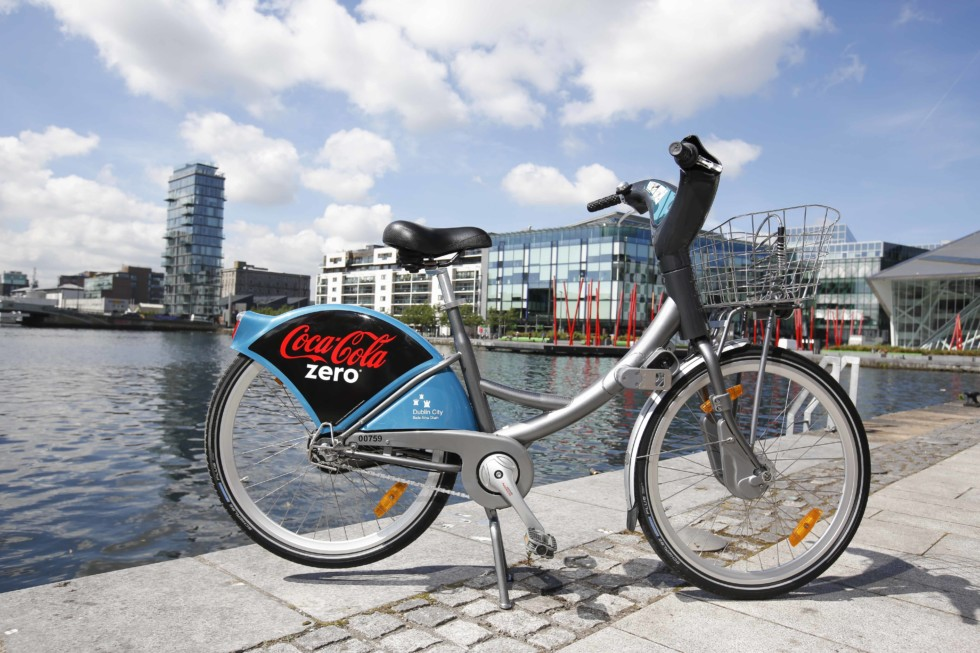 **** NO REPRODUCTION FEE **** 18/06/2014 : DUBLIN : Coca-Cola Ireland investment to support the expansion of dublinbikes scheme. Number of bikes to treble to 1,500 and docking stations increased to 100. Bike scheme to be known as Coca-Cola Zero dublinbikes. Dublin City Council and JCDecaux Ireland announced today, 18th June 2014, that Coca-Cola Zero will become the commercial  partner of dublinbikes in a three-year agreement. The Coca-Cola Zero dublinbikes were unveiled at the announcement at Hanover Quay dublinbikes station at 11am today and will be available to the scheme's members from the end of June. Picture Conor McCabe Photography.MEDIA CONTACT : Dublin City Council Media Relations Office T. (01) 222 2170